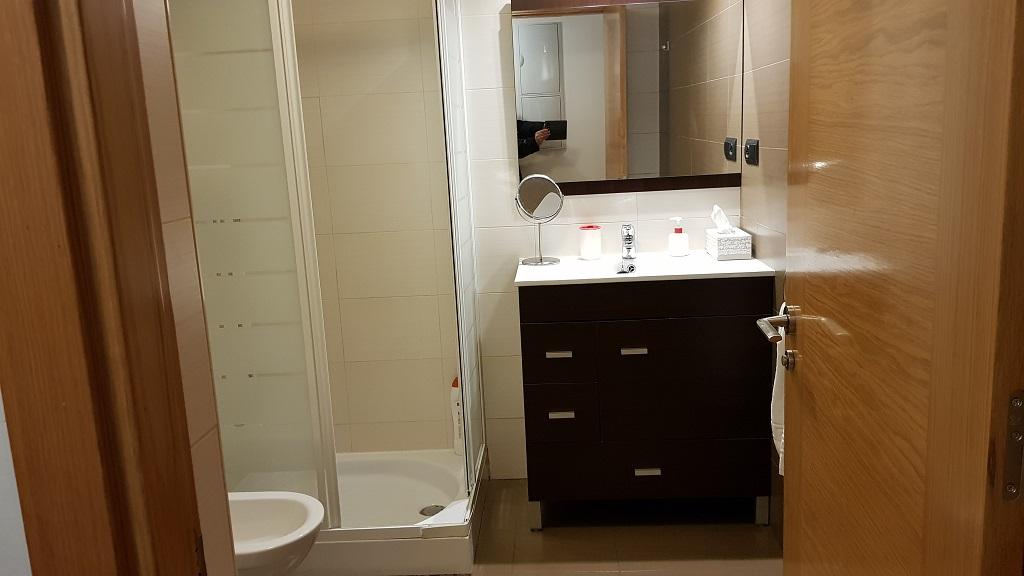 puerta-muralla-baño-1D-1